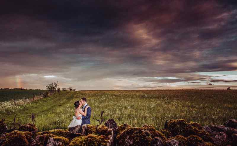 cotswold wedding photographer Jon Thorne wedding photography wedding photo  cripps barn